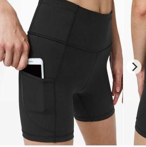 NWT! Lululemon shorts Size 10